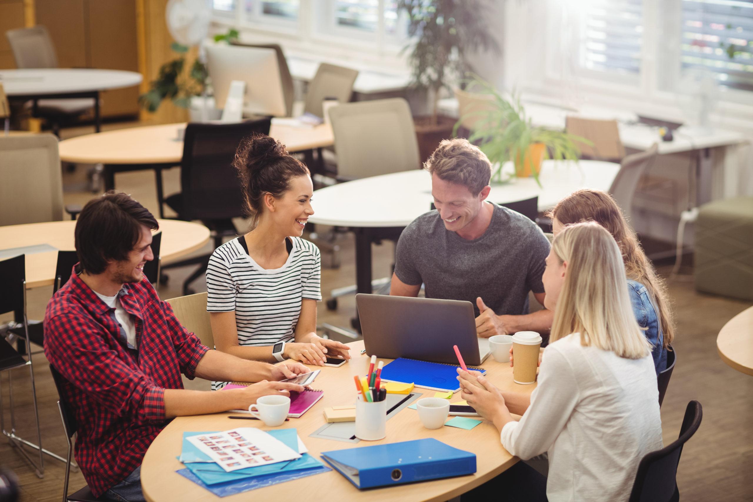 por que minha empresa deve mudar para o coworking